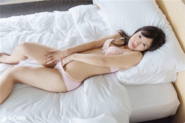 S-Cute 545_ai_04 甘い吐息漏れる美少女の指オナ/Ai