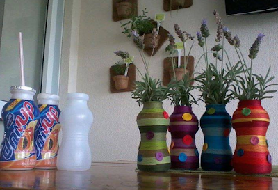 botol bekas di ubah menjadi bunga www.simplenews.me