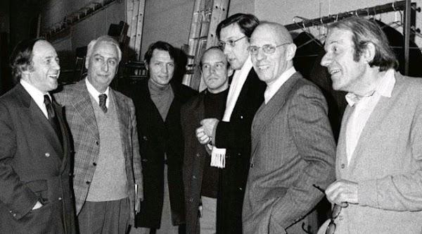 Foucault, Deleuze, Sartre y Barthes : Artículos y libros digitalizados