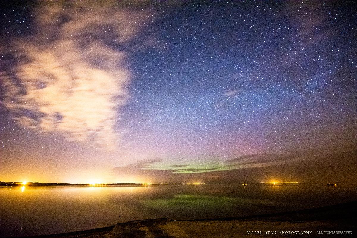 Zorza polarna sfotografowana 02.04.2016 r. Rewa, pomorskie, między godz. 01:00 a 02:00 CEST. Autor: Marek Stan