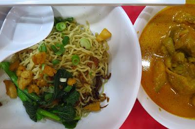 Traditional Sarawak Kolo Mee, kolo mee and curry