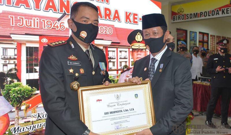 Plt Gubernur Kepri Isdianto Hadiri Peringatan Hari Bhayangkara Ke-74