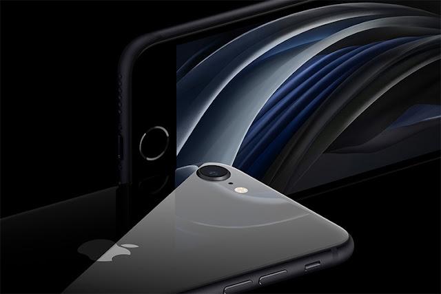 آبل تكشف عن هاتف iPhone SE الجديد بسعر 399 دولار