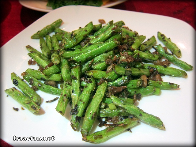 Stir Fried French Bean with Minced Garlic - RM28 (Medium) RM38 (Large)