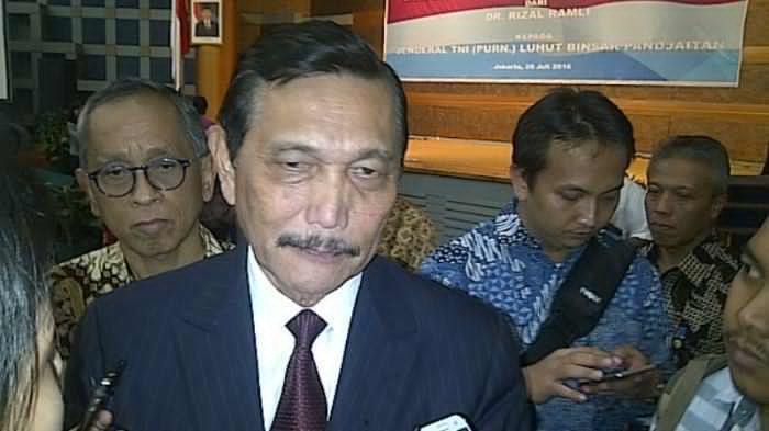 KPK Harus Periksa Menteri Luhut Soal Motif Pencabutan Moratorium Reklamasi