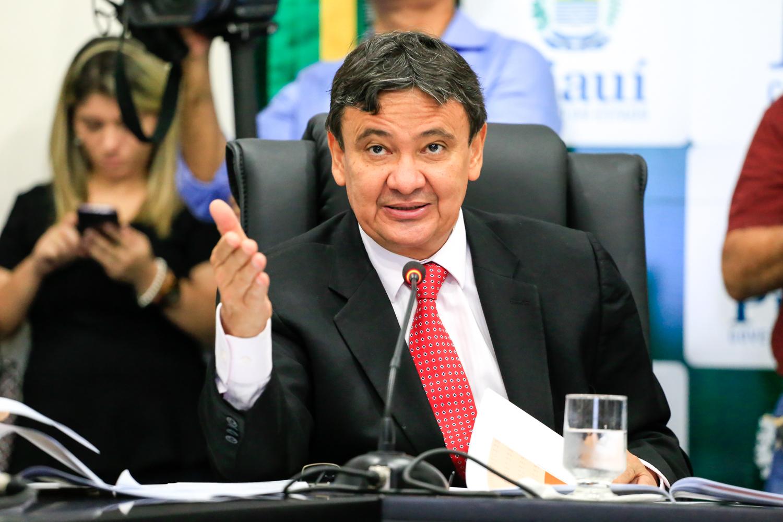 Polícia Federal faz buscas na casa de governador do Piauí, do PT, e mira primeira-dama