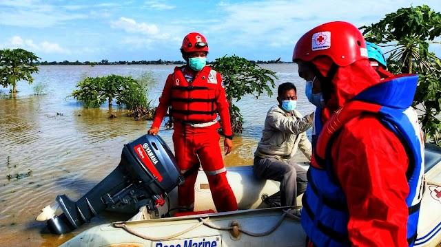 PMI Kabupaten Bekasi Siaga Bantu Penanganan Korban Banjir