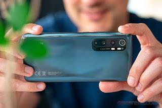 Nhiều mẫu smartphone giá tốt, đáng mua cuối tháng 8