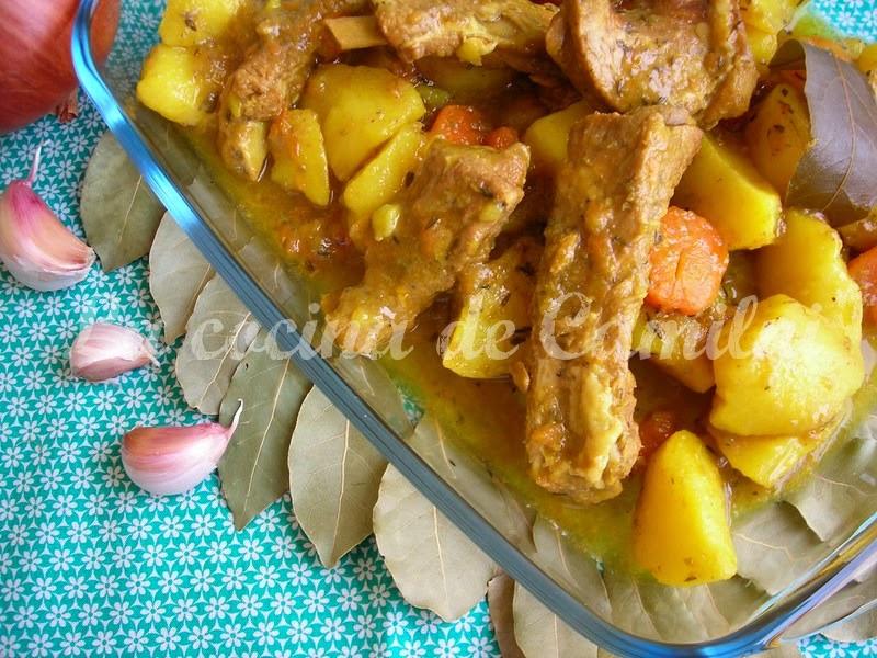 Costillas de cerdo con patatas (La cocina de Camilni)