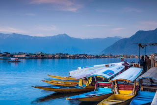 Places to visit in Jammu and kashmir ( srinagar )
