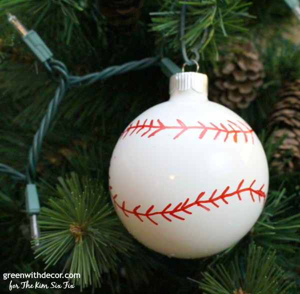 make these easy diy baseball and basketball ornaments what a cute idea saving this