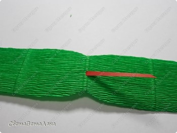 Конфетные змейки — презент за 15 минут своими руками, подарки на год Змеи, как сделать змею из конфет своими руками, сладкие подарки, конфетные композиии,