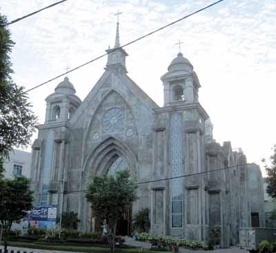 katedral manado
