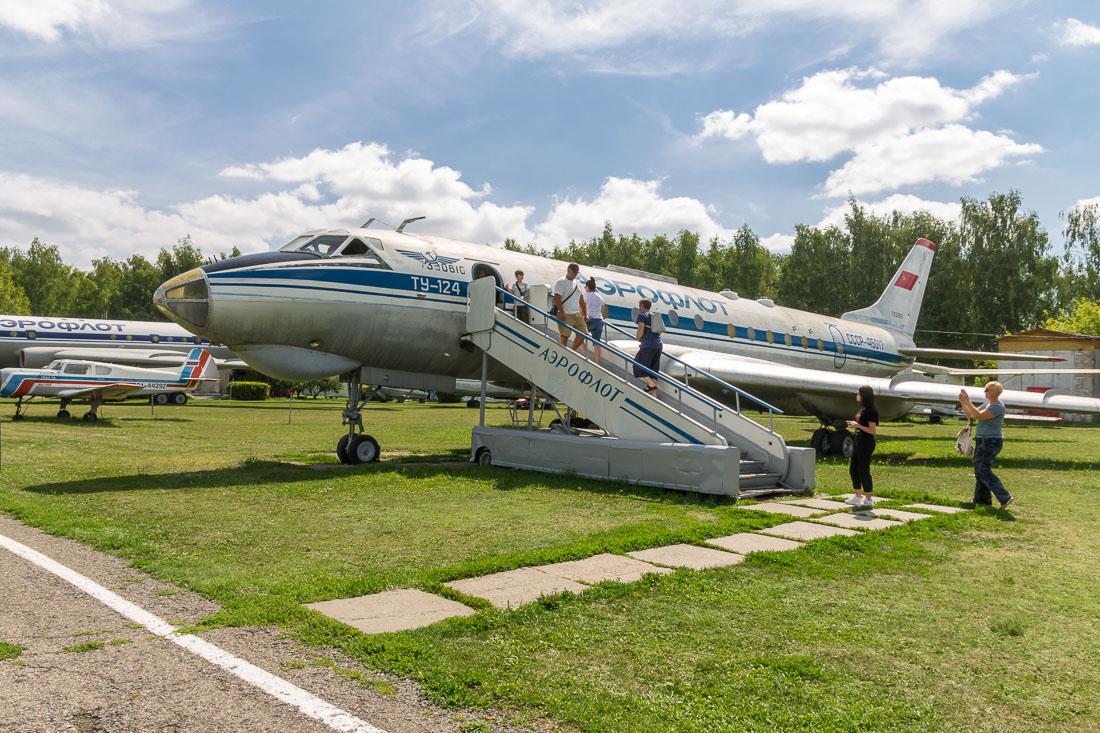 Самолёт Ту-124
