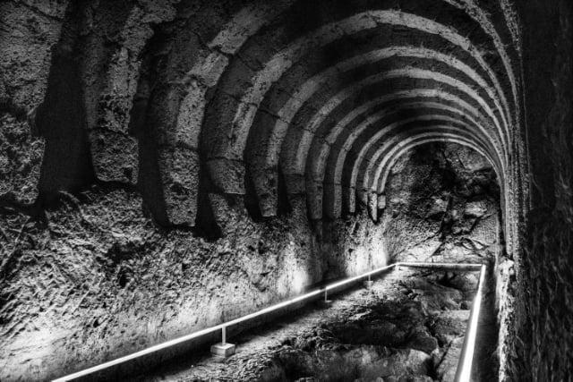 Με ομόφωνη απόφαση το Δημοτικό Συμβούλιο του Δήμου Πάργας ενέκρινε την παραχώρηση κατάλληλης δημοτικής έκτασης στον Μεσοποτάμο, για την δημιουργία Ψηφιακού Μουσείου που θα προβάλει με τον καλύτερο τρόπο τον αρχαιολογικό χώρο του Νεκρομαντείου. Στην συνεδρίαση συμμετείχε ο Αντιπεριφεριεάρχης κ. Ιωάννου που επιβεβαίωσε την πρόθεση της Περιφέρειας Ηπείρου για ενεργή συμμετοχή στην επίτευξη της δημιουργίας ενός τόσο σημαντικού έργου που θα αποτελέσει ορόσημο για όλη την Πρέβεζα.