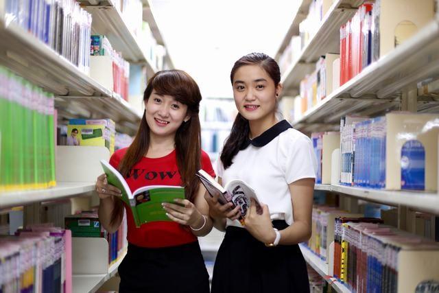 Review ngành Ngôn ngữ Anh: Liệu có dễ thất nghiệp?