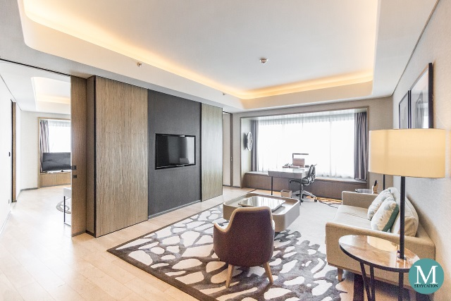 Conrad Manila Bay View Diplomatic Suite