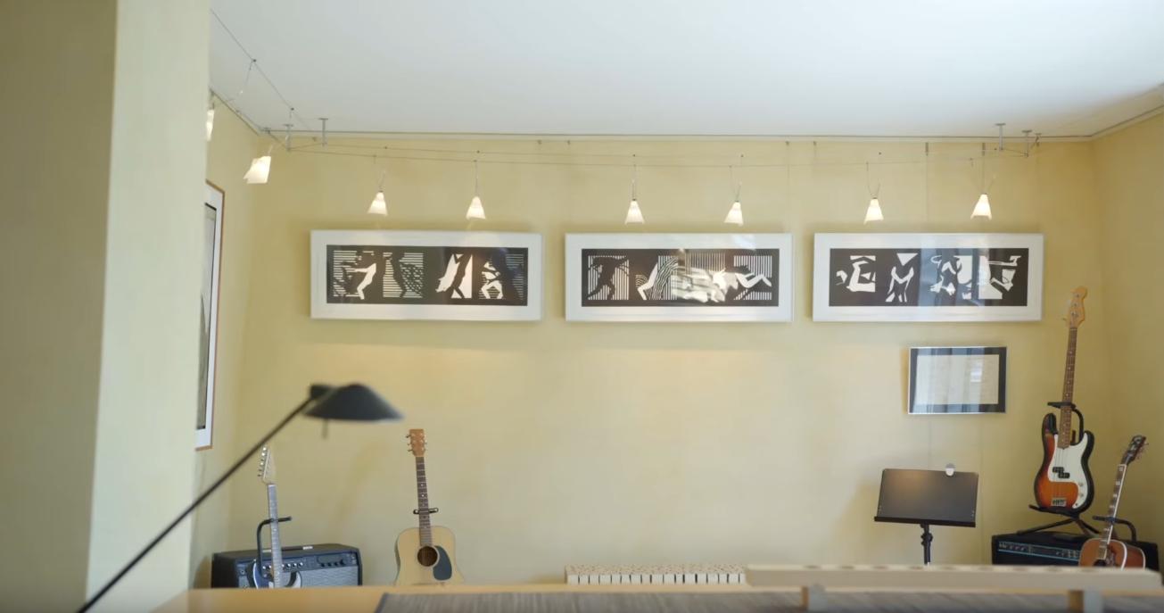 15 Photos vs. 724 14th Ave W Kirkland, WA Home Interior Design Tour