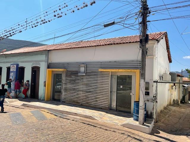 Piatã/BA: Prefeitura recebe de volta o prédio onde funcionava a agência do Banco do Brasil