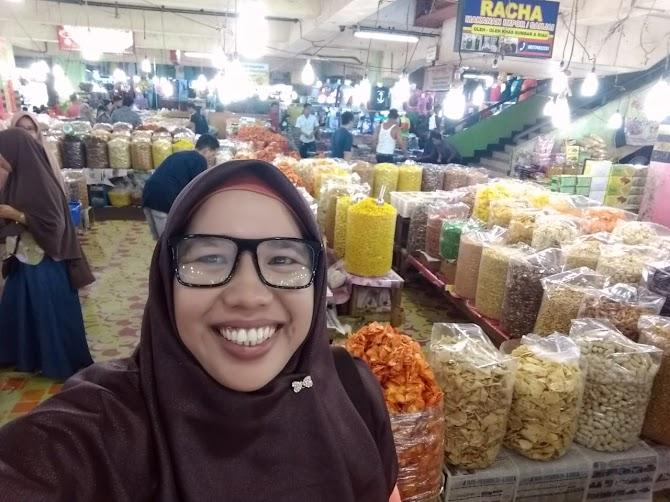 Belanja di Pasar Bawah (wisata) Pekanbaru