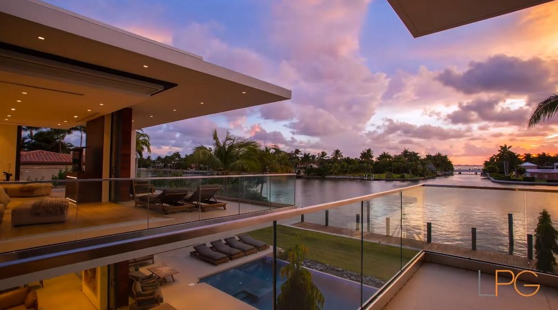 Allison Island Ultra Luxury Modern Mansion Miami Beach, FL By Choeff Levy Fischman
