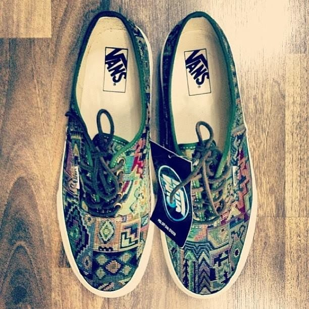 504bed6a38 vintage VANS native tribal tapestry AUTHENTIC style  44 MADE IN USA 90 s  floral US5.5 retro abc mart japan rug aztec print
