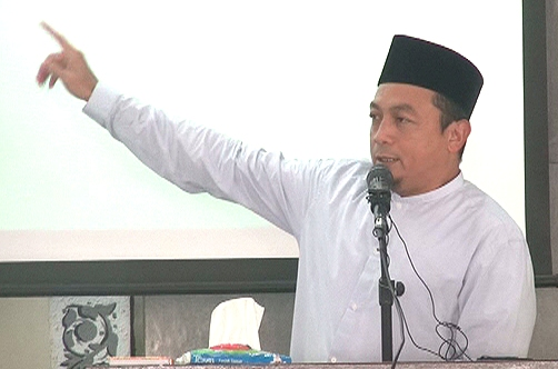 Ustadz Bachtiar Nasir : Selangkah Lagi Jokowi Membuat Indonesia Kafir