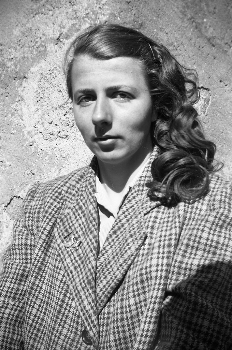 A Vintage Nerd, Vivian Maie,r Vintage Photography, Finding Vivian Maier, Black & White Photos
