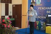 Pada Puncak Acara Gelar Penganugerahan Koperasi Prestasi dan Launching Galeri Produk KUMKM Aceh