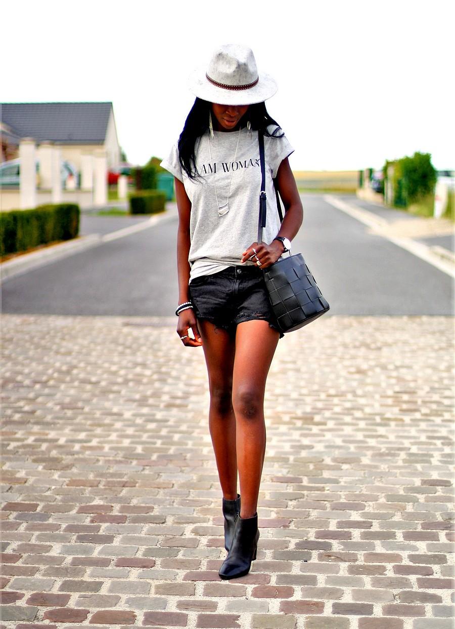 chapeau-fedora-short-jeans-boots
