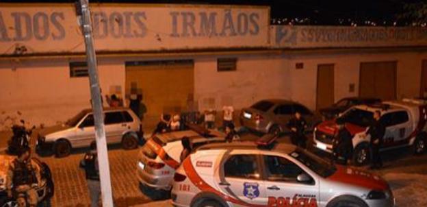 Em Delmiro Gouveia, polícia prende bando suspeito de furtos e receptação de objetos roubados