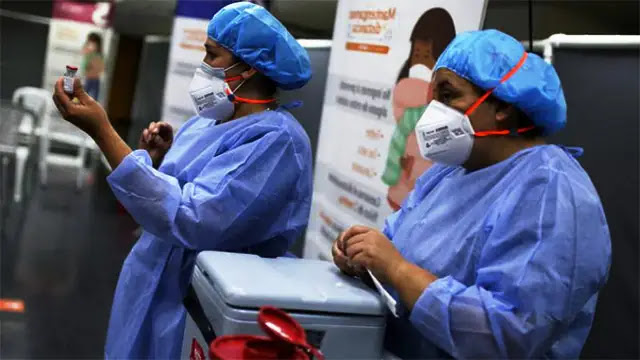"""فيروس كورونا: """"مو""""... متحورة جديدة لكوفيد-19"""