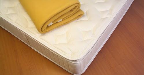 le blog de la literie et du sommeil dormir sur un matelas pos au sol une pratique viter. Black Bedroom Furniture Sets. Home Design Ideas