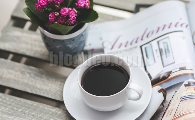 Dibalik secangkir kopi dipagi hari