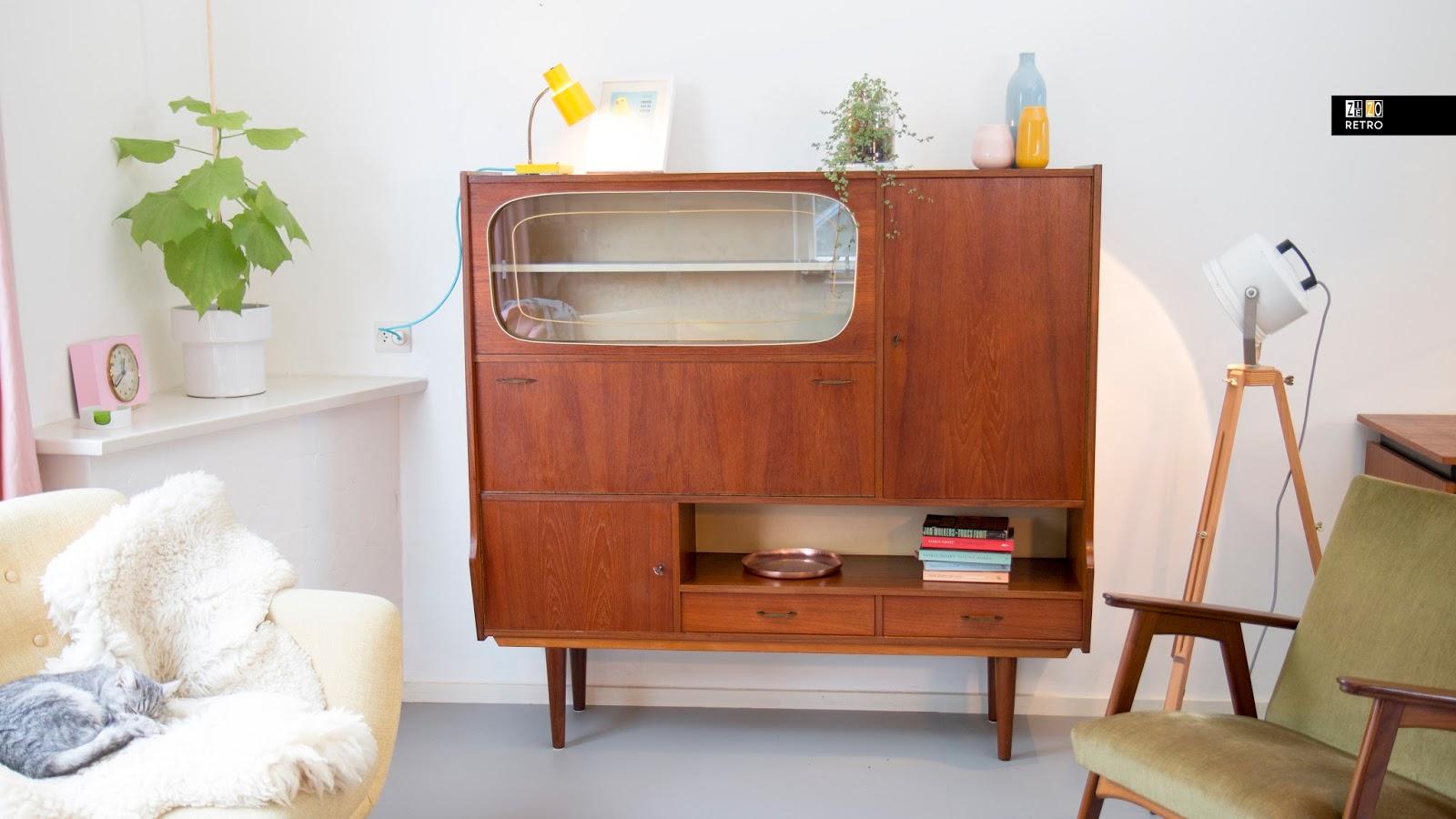 Design Meubelen Jaren 50.Vintage Jaren 50 60 Buffetkast Met Vitrinegedeelte