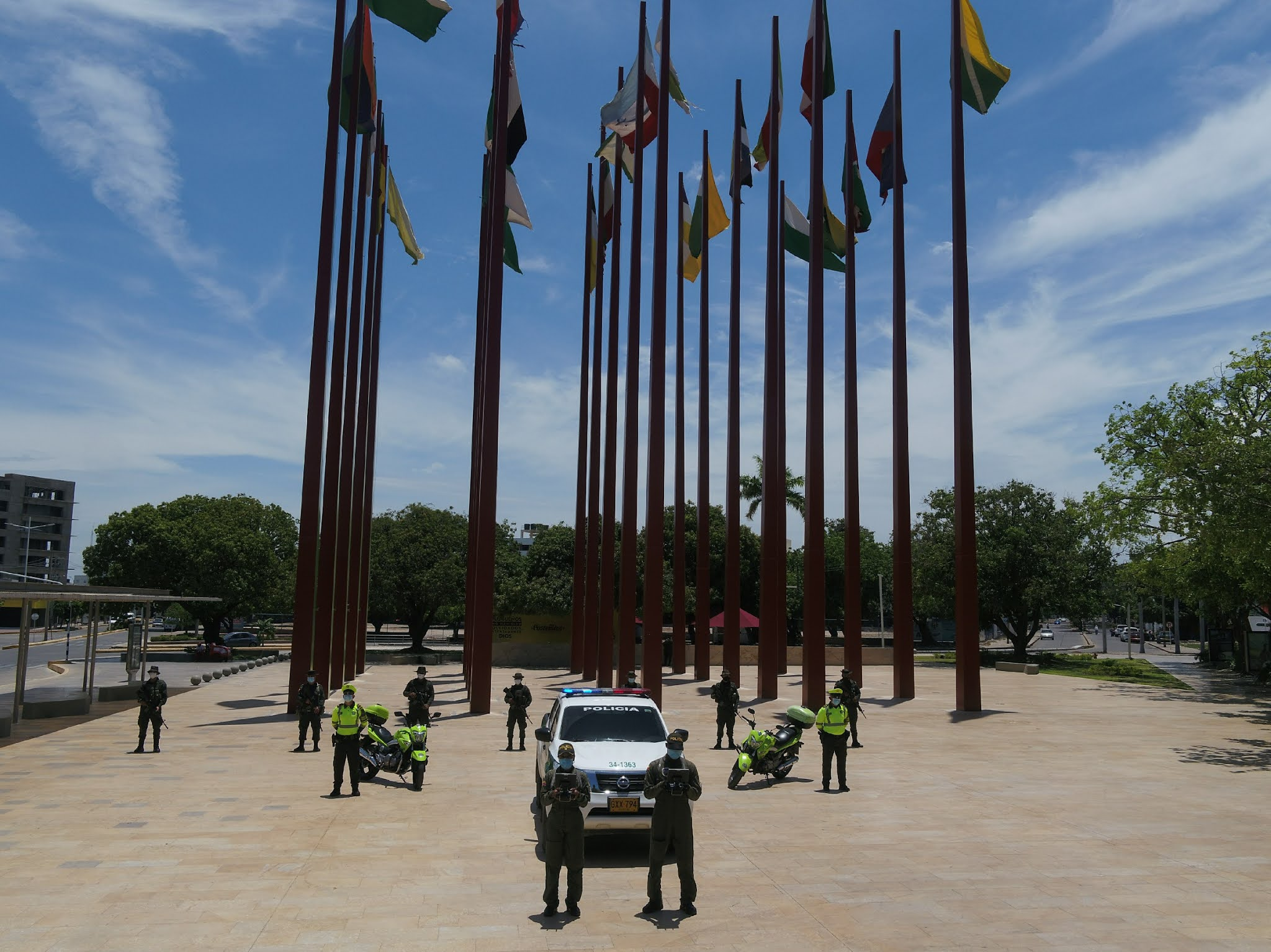 https://www.notasrosas.com/Estas acciones son lideradas por el Comando del Departamento de Policía Cesar, el cual busca garantizar el buen comportamiento y el debido esparcimiento de todos los habitantes de esta zona del país.