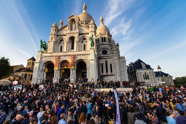 Encerramento da festa de colheita da uva em Montmartre