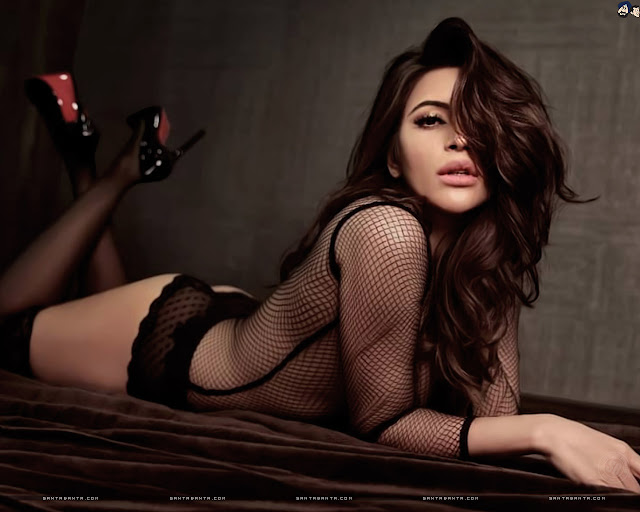 Shama Sikander Sexy Wallpapers