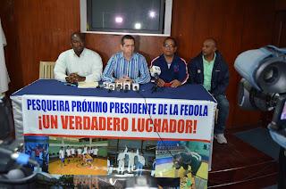 Pesqueira presenta proyecto para dirigir Federación Dominicana de Lucha (FEDOLA).