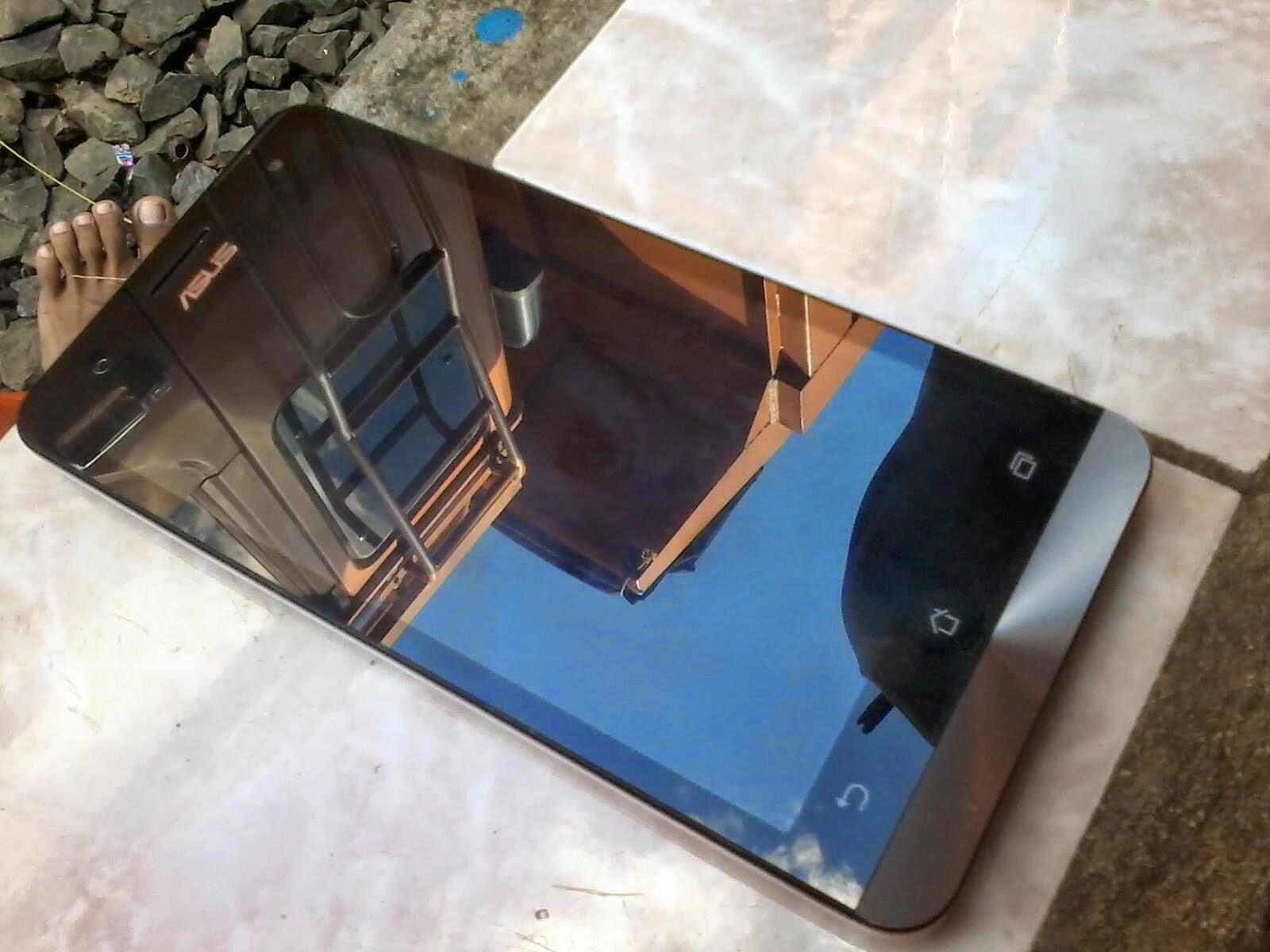 Harga Bekas Asus Zenfone 5 Memory 8 GB Full Set Dan Spesifikasi