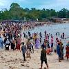Dipadati Pengunjung, Diduga Wisata Pantai Di Medang Kampai Dibiarkan