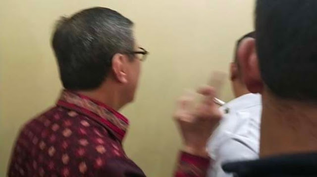 Menteri Yasonna 'Ngacir' Ketika Diberondong Pertanyaan Keberadaan Harun Masiku