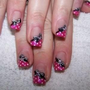 decoração de unhas com lacinhos