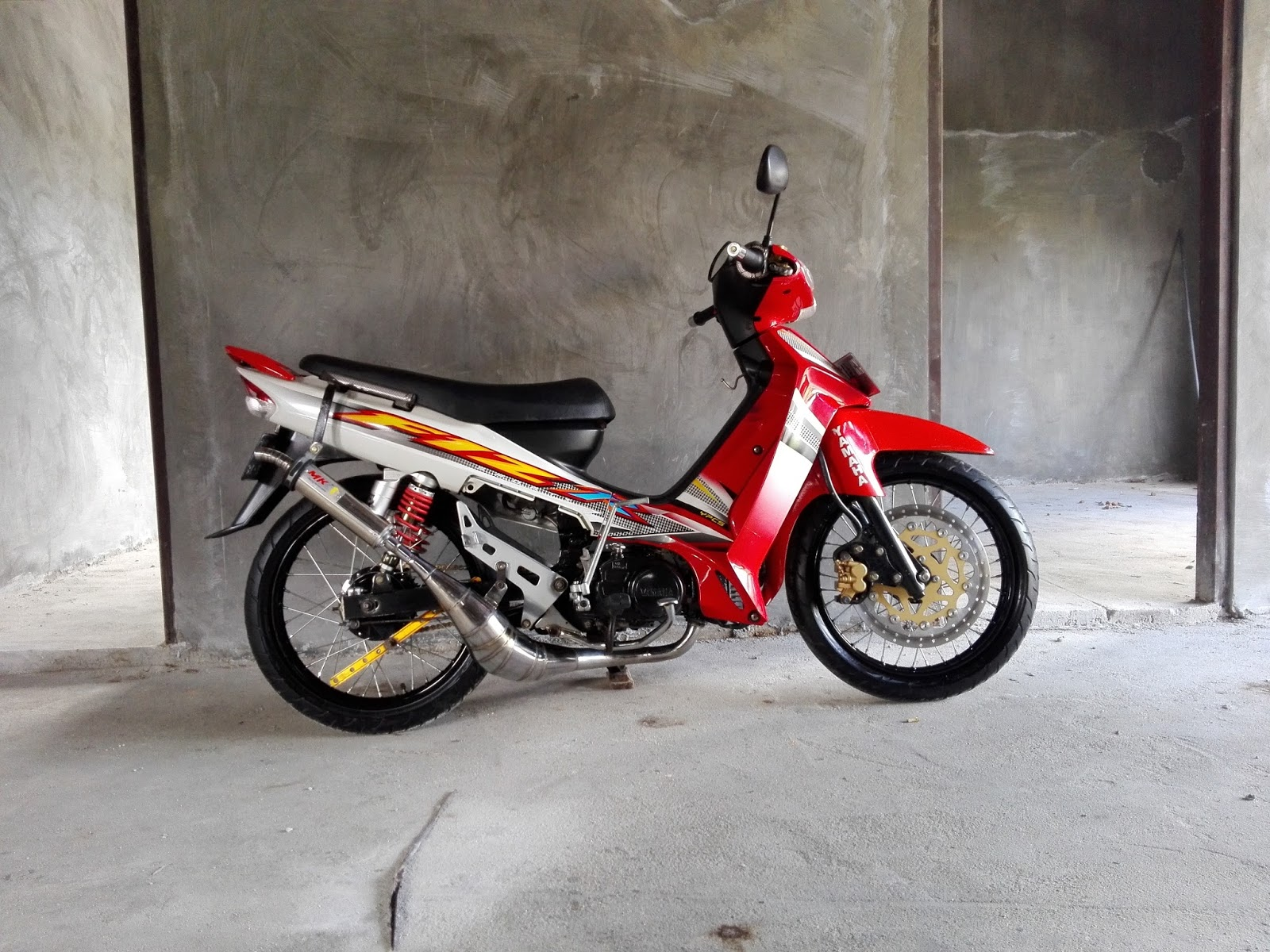 63 Modifikasi Motor Yamaha F1zr Terbaik Pinus Motor