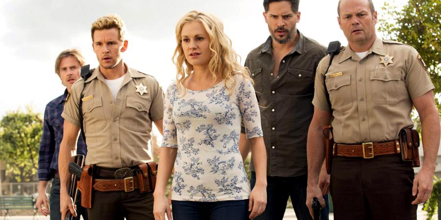 Anna Paquin, Sam Trammell, Ryan Kwanten, Chris Bauer şi Joe Manganiello în ultimul sezon al serialului True Blood.