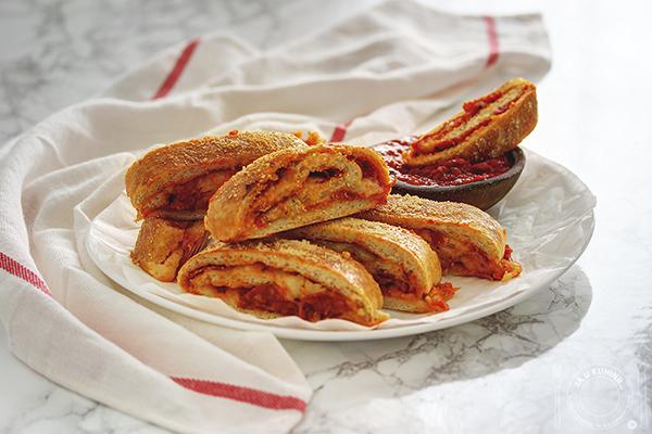 Stromboli sa Podravka ajvarom i kulenom