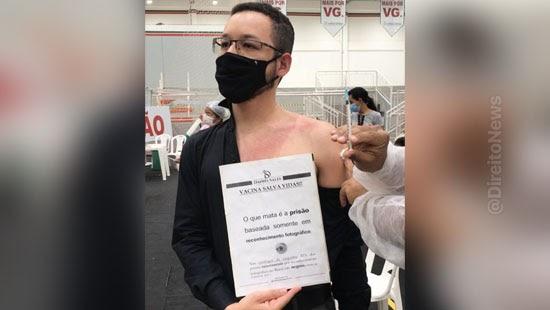 advogado protesta prisao reconhecimento fotografico vacinacao