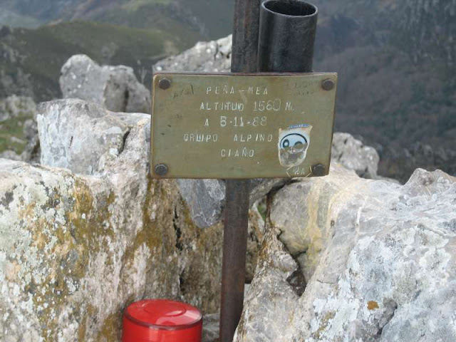 Buzón de cima de Peña Mea, en Laviana y Aller
