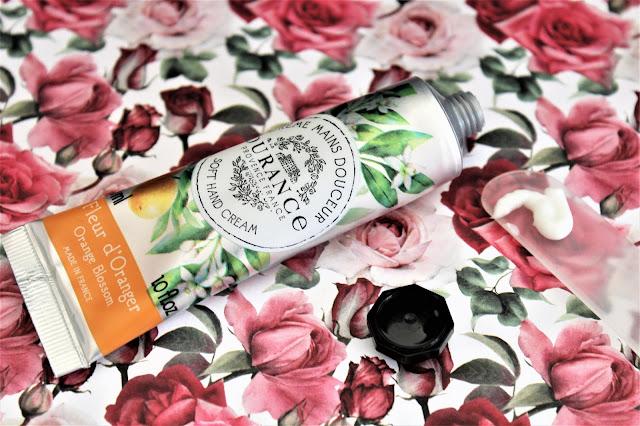 Durance Fleur d'Oranger Crème Mains avis, crème mains durance, crème hydratante pour les mains, soin corps fleur d'oranger, crème mains fleur d'oranger, fleur d'oranger durance, durance crème mains fleur d'oranger avis, parfum fleur d'oranger, mains douces
