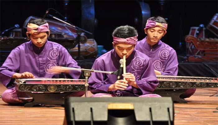 Mamaos, Tembang Sunda Dari Cianjur Jawa Barat